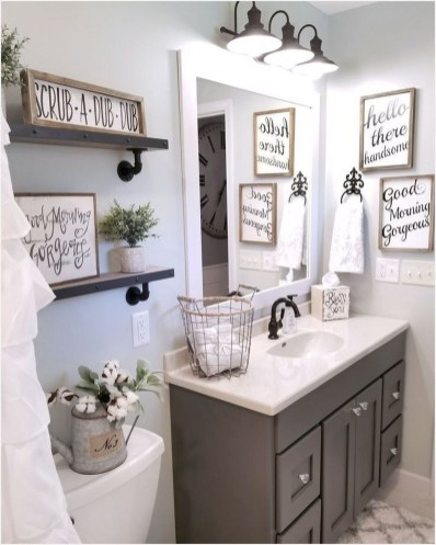 Elegant Farmhouse Bathroom Wall Color Ideas 53