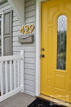 Flawless Exterior House Paint Ideas With Yellow Colors 18