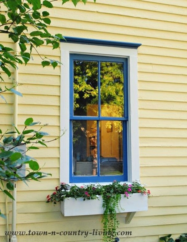Flawless Exterior House Paint Ideas With Yellow Colors 51