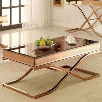 Marvelous Glass Coffee Tables Ideas For Living Room 05