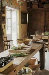 Stylish French Country Kitchen Decor Ideas 29