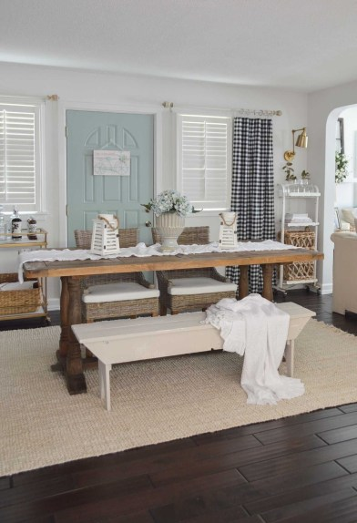 Adorable Farmhouse Tables Ideas For House 09