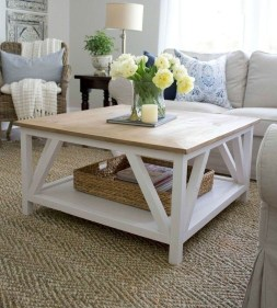 Adorable Farmhouse Tables Ideas For House 22