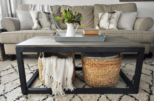 Adorable Farmhouse Tables Ideas For House 31