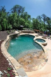 Amazing Natural Small Pools Design Ideas For Backyard 21
