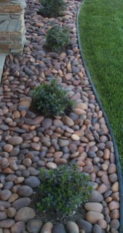 Brilliant Rock Garden Landscaping Ideas For Front Yard 51