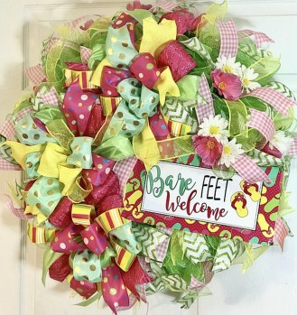 Beautiful Summer Wreath Design Ideas To Try Asap 45