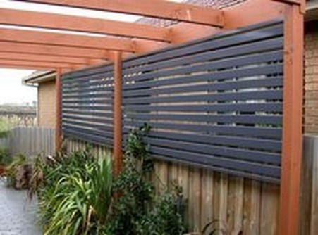 Charming Privacy Fence Ideas For Gardens 11