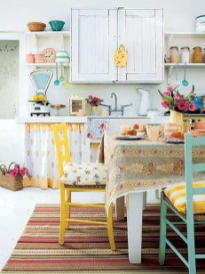 Cool Colorful Kitchen Decor Ideas For Summer 27
