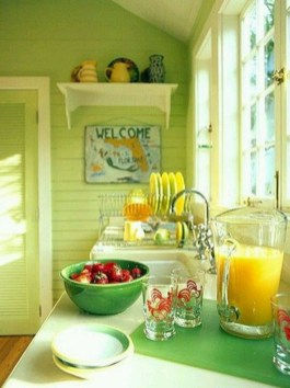 Cool Colorful Kitchen Decor Ideas For Summer 43