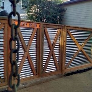 Cool Garden Fence Decoration Ideas To Try This Year 42