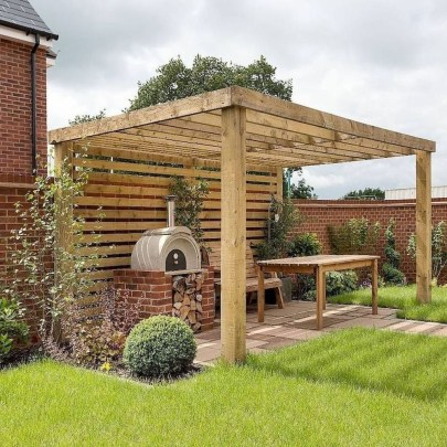 Cool Garden Fence Decoration Ideas To Try This Year 49