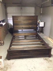 Fancy Diy Ideas To Make Bed Place From Pallet Project 28