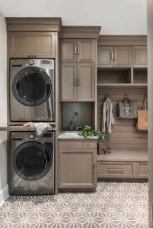 Fascinating Small Laundry Room Design Ideas 19