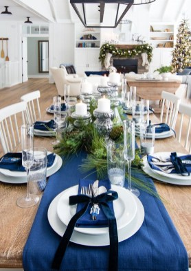 Hottest Christmas Table Decorating Ideas For You 17