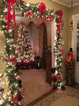 Newest Christmas Decorating Ideas That Will Spark Your Creativity 29