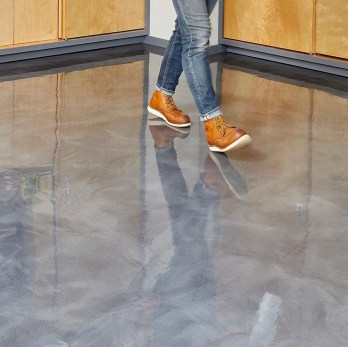 Pretty Garage Floor Design Ideas That You Can Try In Your Home 07