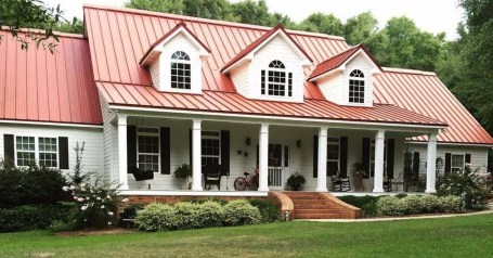 Astonishing Exterior Paint Colors Ideas For House With Brown Roof 06