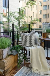 Cool Apartment Balcony Design Ideas For Small Space 20