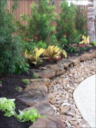 Cozy Rock Garden Landscaping Ideas For Make Your Yard Beautiful 01