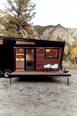 Elegant Minimalist Design Ideas For Tiny Home Decor 07