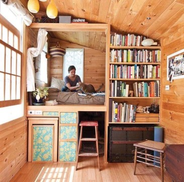 Elegant Minimalist Design Ideas For Tiny Home Decor 14
