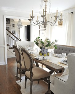 Relaxing Farmhouse Dining Room Design Ideas To Try 40