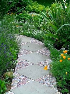 Amazing Diy Mosaic Decorations Ideas To Inspire Your Own Garden 44