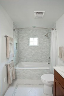 Smart Cape Cod Bathroom Design Ideas For You 07