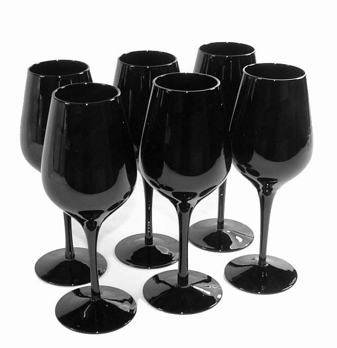verre à vin noir opaque
