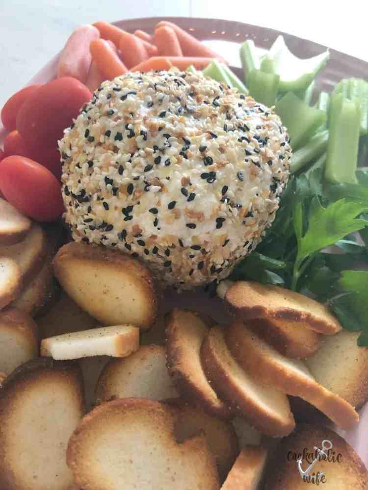eveything.bagel.cheeseball