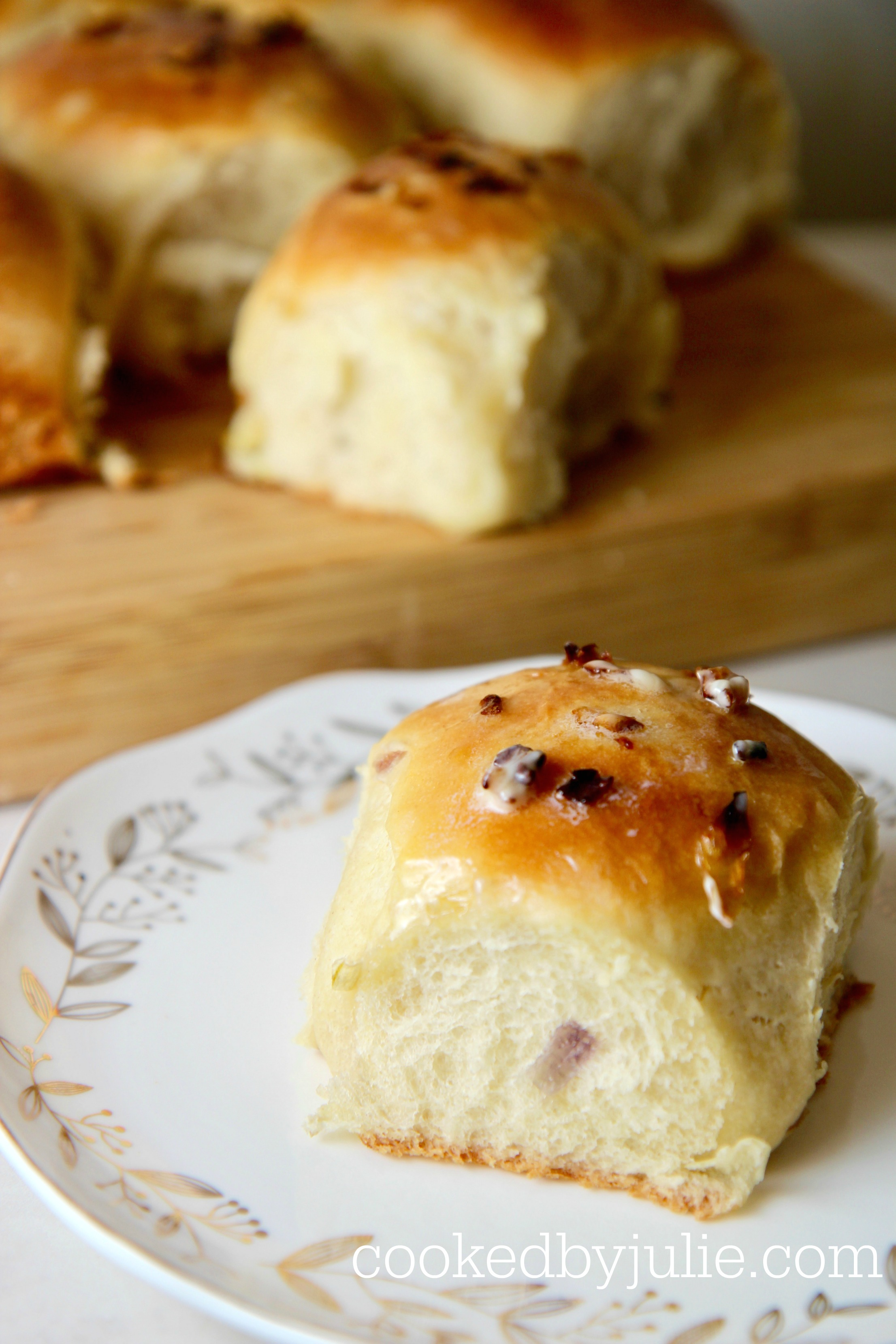 buttered onion roll