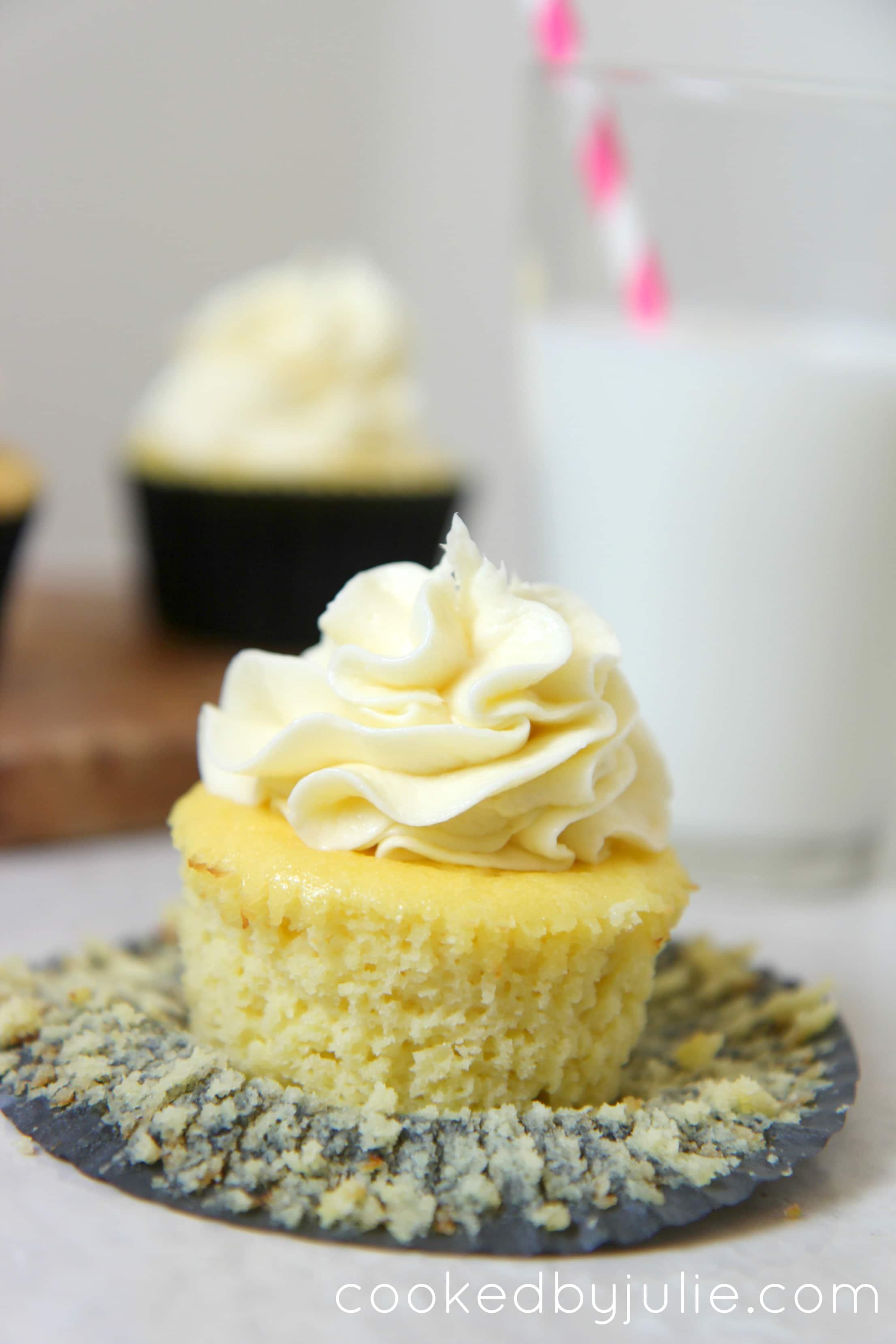 keto diet vanilla cupcakes
