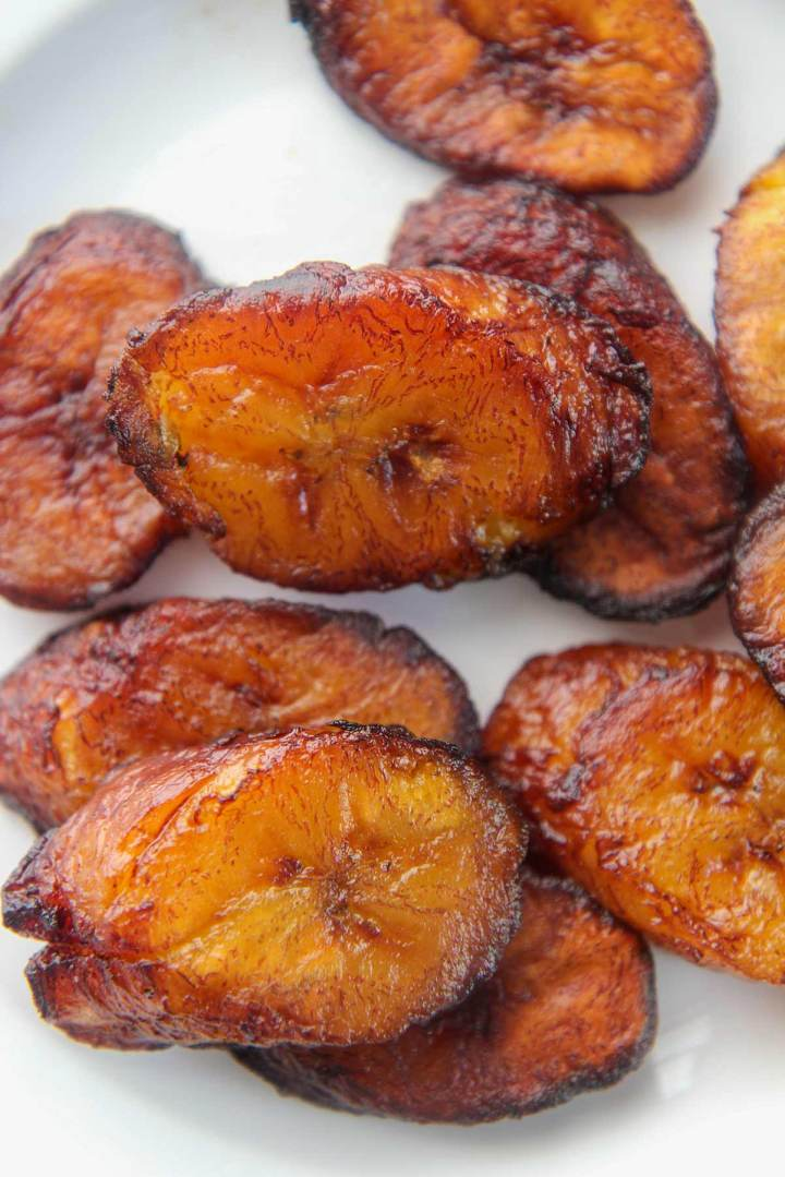 fried plantain slices up close.