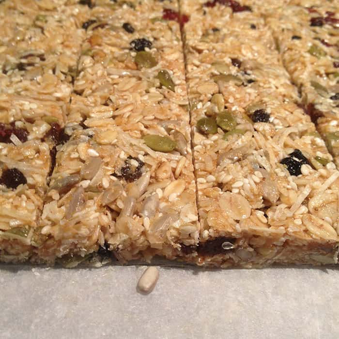 make your own muesli bars for school lunches