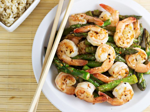 Shrimp-and-Asparagus-Stir-Fry-with-Lemon-Sauce-1