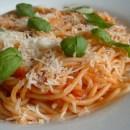 Spaghetti with tomato sauce. Tomato sauce for pasta