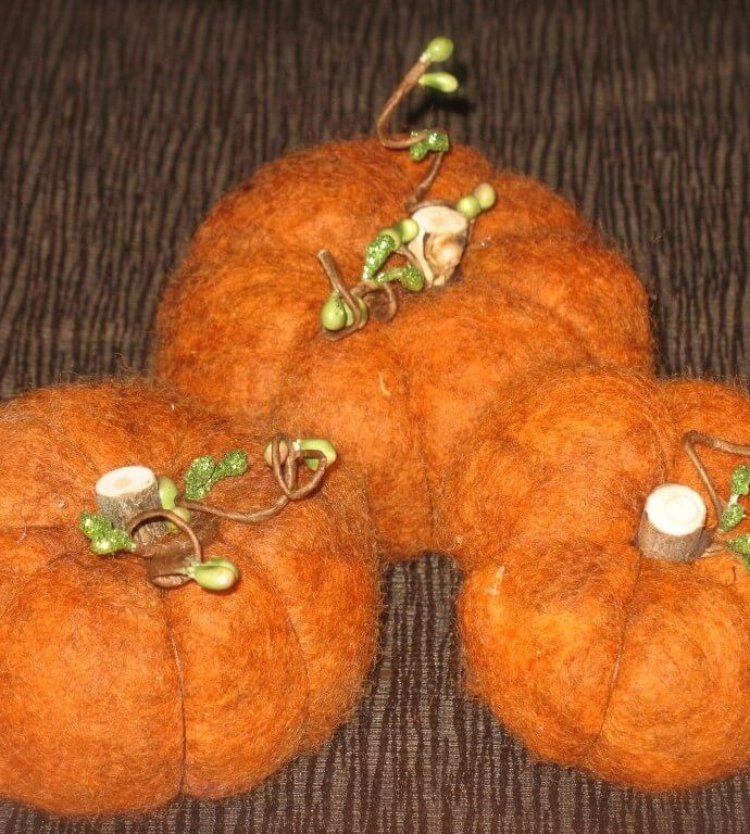 How to Make Wool Pumpkins