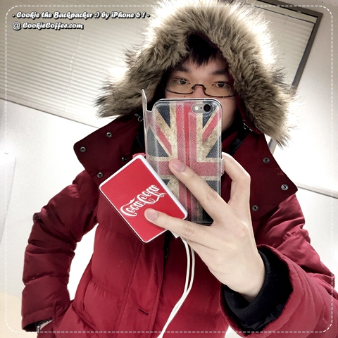 cookie-backpacker-uniqlo-coat-coke-uk-powerbank-iphone-6-selfie-case-coca-cola