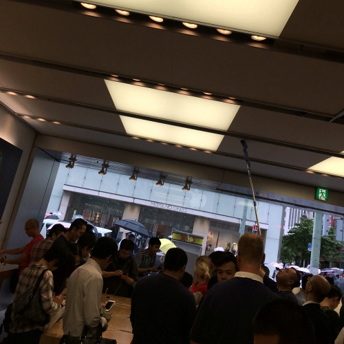 iphone-7-plus-rain-real-review-1st-best-blogger-thai-japan-apple-store-ginza-dual-camera-jet-black