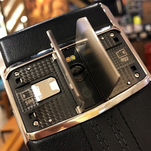 vertu-new-siganature-touch-2016-review-android-microsd-concierge-gullwing-supercar