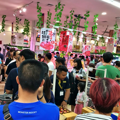 supermarket-queue-donki-hote-mall-thonglor-review-queue-open-shop-imported-japan-24-hours
