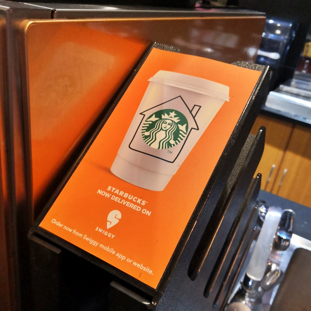 starbucks-india-review-coffee-menu-cashless-delivery-swiggy-ubereat