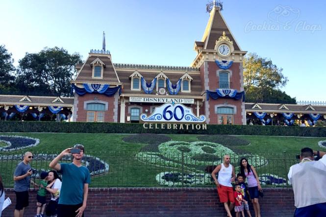 Disneyland Themed Birthday Party With Lots Of Really Cute Ideas Via Kara 39 S Full