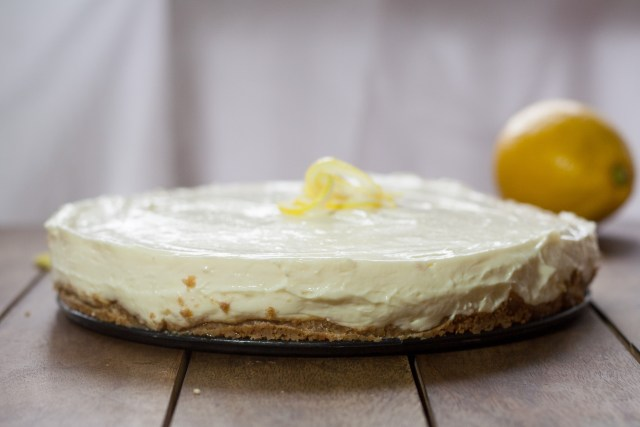 Lemon Cheesecake Whole
