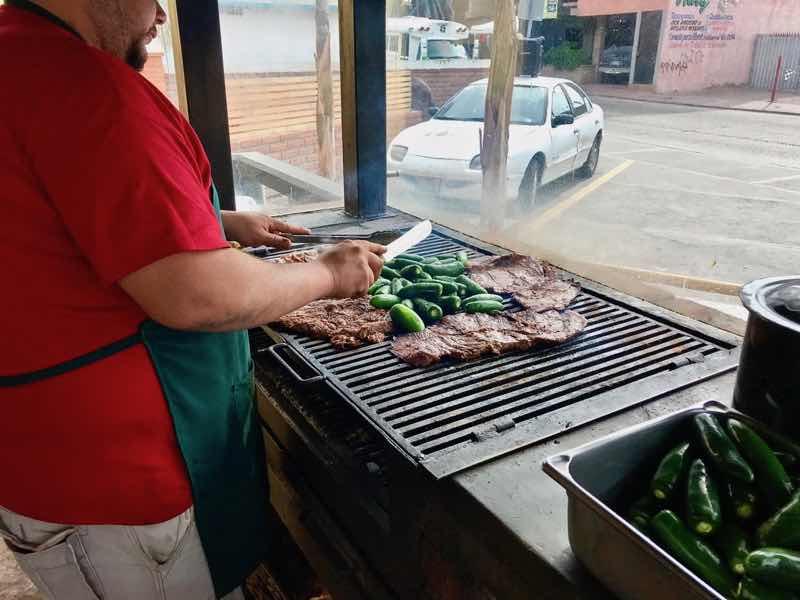 Tacos El Yaqui 2 | Cooking-Outdoors.com | Gary House