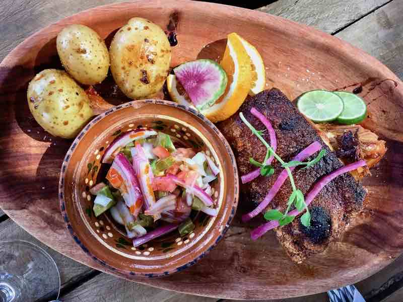 Viña de Frannes Winery 4   Cooking-Outdoors.com   Gary House