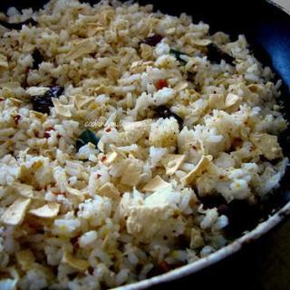 Thengai Sadam – How to Make Thengai Sadam (South Indian Coconut Rice Recipe)