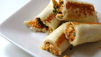 Bread paneer rolls how to make paneer bread rolls edible garden 10 quick and easy snack recipes under 15 mins forumfinder Image collections