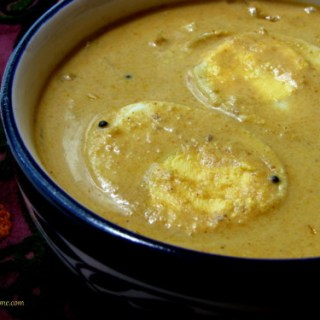 Malabar Egg Curry / Egg Curry in Coconut Milk